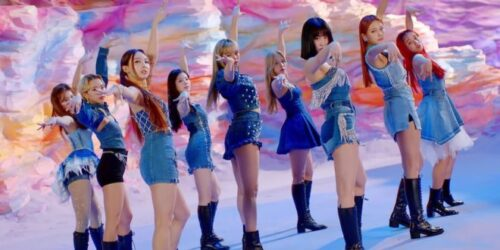 1603729533 Review TWICE inyecta vida a su 2020 con el destacado